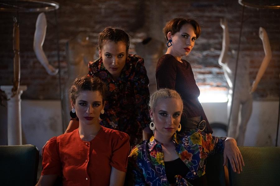 """Serie internacional """"Los Prisioneros"""" de Movistar anuncia a las actrices que revivirán el colectivo artístico """"Cleopatras"""""""